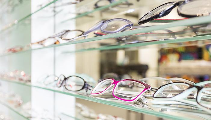 Glasses or No Glasses?
